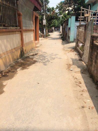 Chính chủ bán đất tổ 12 Yên Nghĩa, quận Hà Đông oto cách nhà 30m.