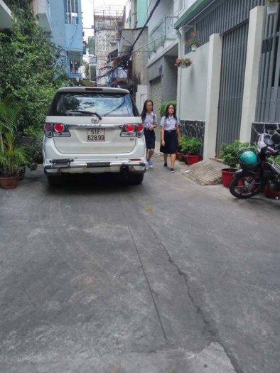 Nhà xe hơi đỗ cửa Phan Văn Trị, Q5, 55m2, nở hậu, giá 5,5 tỷ.