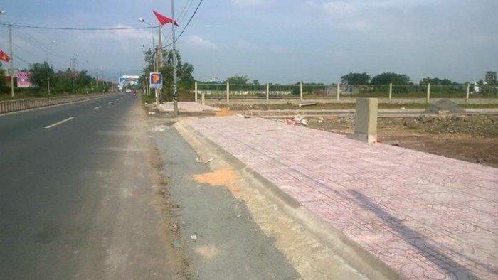 Đất nền Ngay MT Tỉnh Lộ 44A gần cổng chào Long Hải DT 100m2