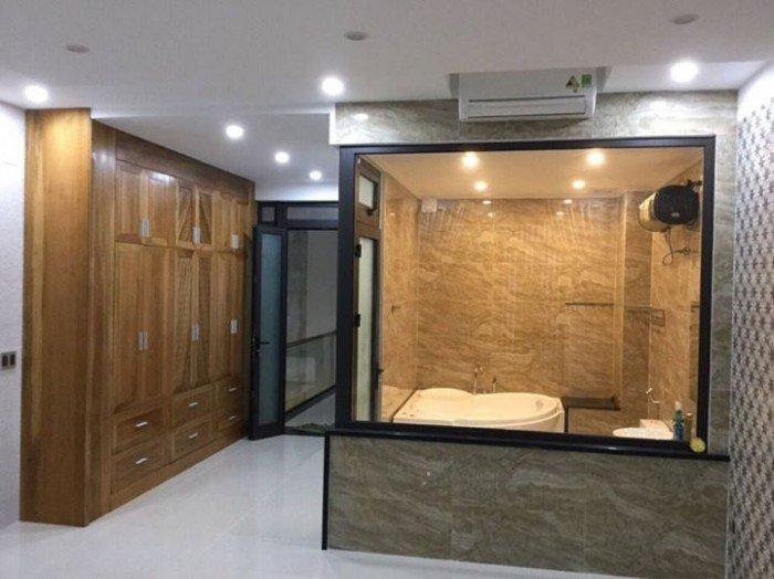 Cho thuê nhà nguyên căn  đường Phan Châu Trinh, tiện làm vp, cty