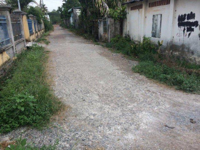 Bán gấp 913m2 đất Vĩnh Thanh,Nhơn Trạch,2 mặt tiền đường vuông vắn,dân cư đông đúc