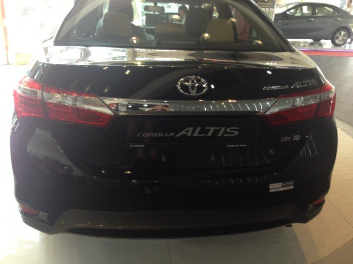 Khuyến Mãi Mua Toyota Altis 1.8G 2017 Tự Động Màu Đen Mới chỉ cần 250Tr, Giao Xe Ngay