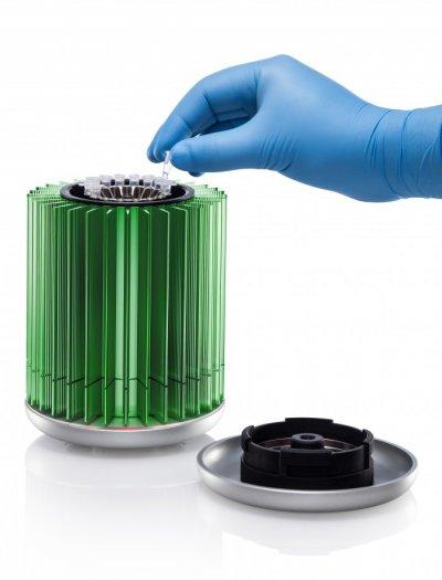 Máy realtime PCR 16 giếng tế hệ mới MyGo Mini IT-IS - Anh