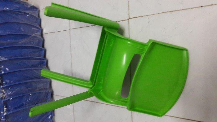 Ghế nhựa dành cho các bé trường mầm non2