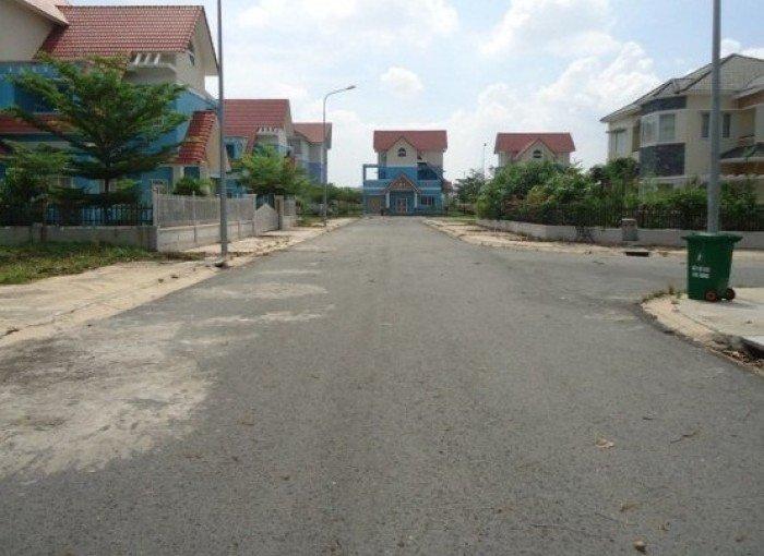 Chỉ 2,4 tỷ sở hữu ngay lô đất nền giá rẻ chính chủ sổ riêng 4x17m ngay trung tâm quận Tân Phú