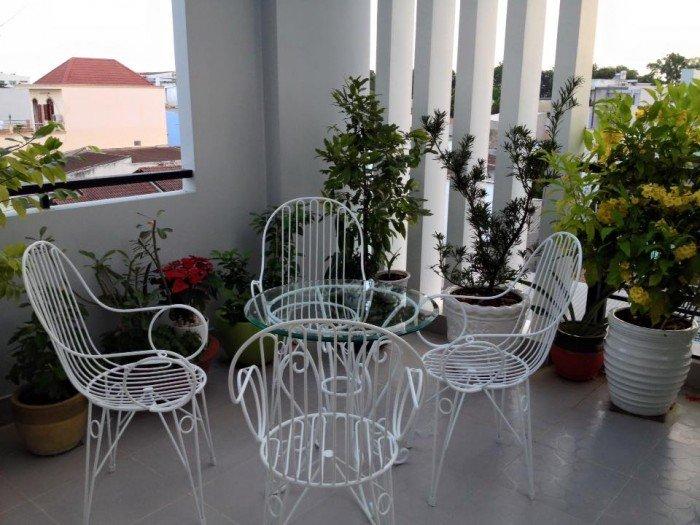 Bàn ghế sân vườn sang trọng giá tốt tại thành phố hồ chí minh