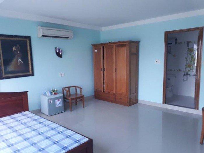 Cho thuê nhà mặt tiền ngang 4,5m Thanh Long, 4 tầng -5 phòng ngủ