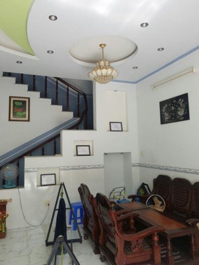 Cho thuê nhà nguyên căn MT Phan Đình Phùng. Nở hậu 8.3m
