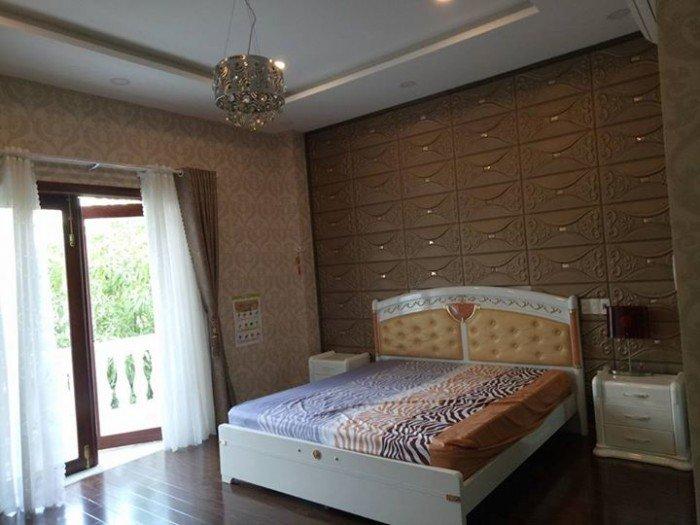 Cho thuê nhà nguyên căn MT đường Lê Duẩn, 4 tầng ngang 3.5m