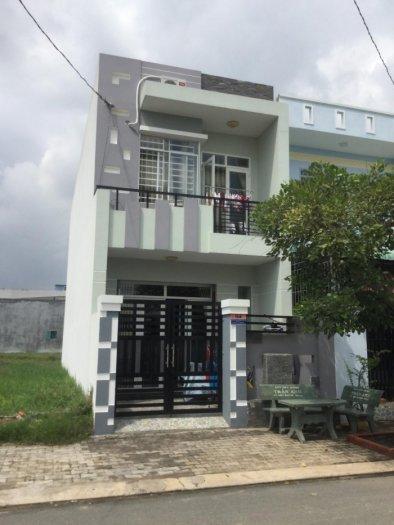 Nhà mặt tiền đường Phan Văn Hớn, sổ hồng riêng, trả góp 18 tháng