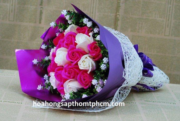 Hoa sáp thơm 19 bông bó tròn1