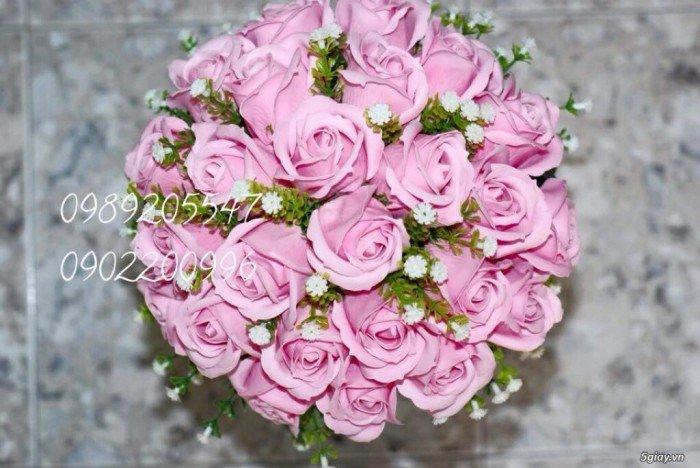 bó tròn hoa sáp cưới màu hồng2