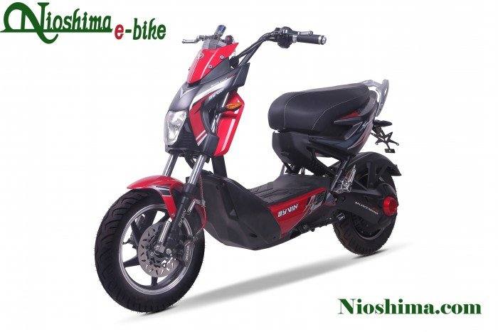 Xe máy điện Xmen Byvin Sport kiểu dáng phá cách, mạnh mẽ xứng đáng là sự lựa chọn hàng đầu cho mọi lứa tuổi.