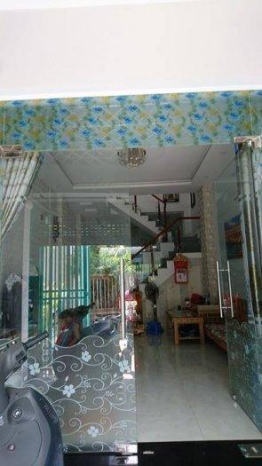 Bán nhà Thị trấn Nhà Bè, DT 180m2, giá 3 tỷ, full nội thất, hẻm 76 Dương Cát Lợi