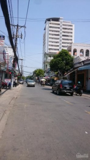 Bán hoặc cho thuê nhà mặt tiền Lê Văn Lương, Nhà Bè, DT 10x30m. Giá 3,9 tỷ