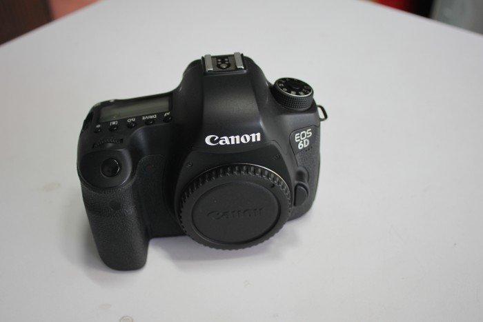 Canon EOS 6D0