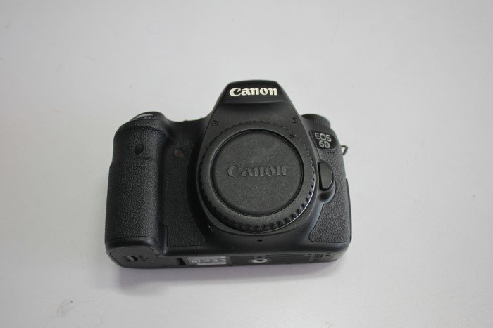 Canon EOS 6D4