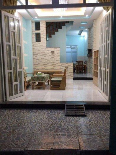 Bán nhà tặng kèm nội thất tại đường Đào Tông Nguyên, Diện tích 100m2, giá 2.23 tỷ