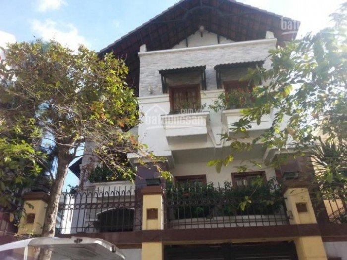 Cần bán gấp nhà mặt tiền đường Nguyễn ĐÌnh Chiểu, P2, Q3, DT: 350m2, giá chỉ 45 tỷ