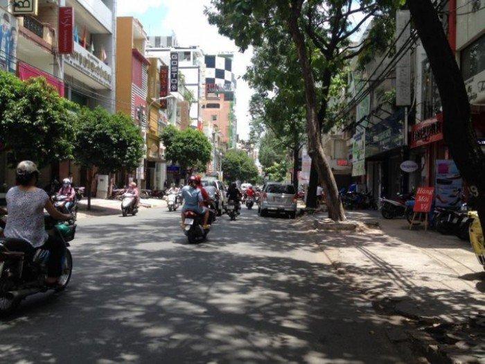 Bán nhà mặt tiền Võ Văn Tần, P.6, Quận 3.