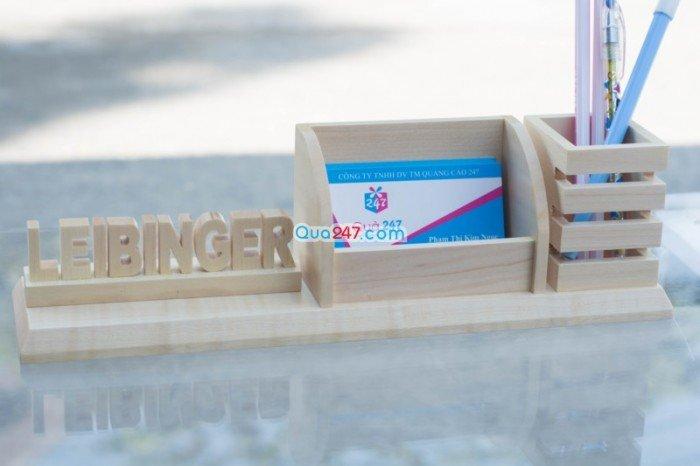 Quà tặng gỗ để bàn khắc laser1