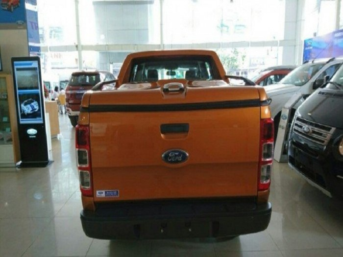 [6] Giá xe Ford Ranger XLS AT 2018, giá xe Ford Ranger 2019 mới nhất
