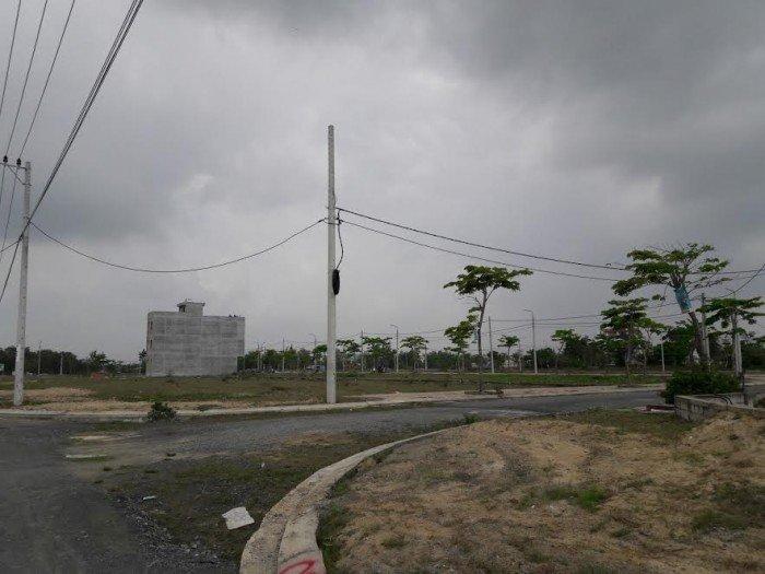 Đất ven biển Đà Nẵng đối diện bãi tắm Viêm Đông.