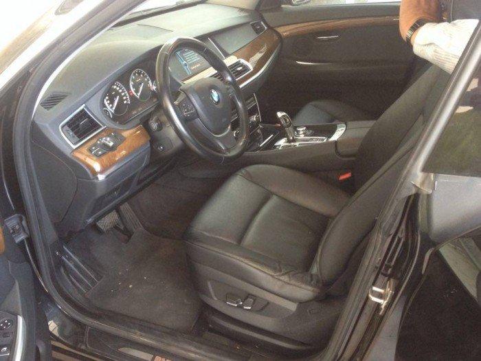 Xe BMW 535i GT 2011, màu đen, nhập khẩu