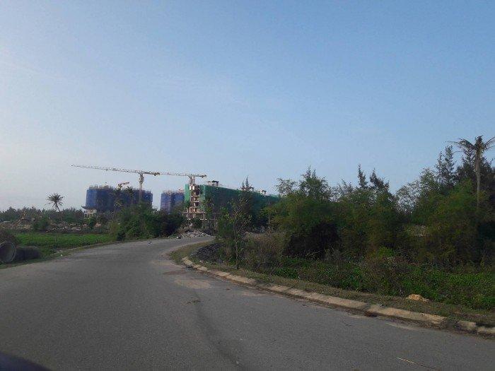 Bán lô đất 2 mặt tiền đường 33m giao với 7.5 m
