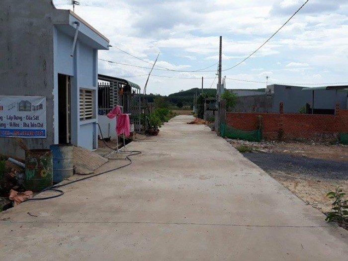 Bán đất khu phố 3 phường Long Bình Tân, cách Ql 51: 150m.