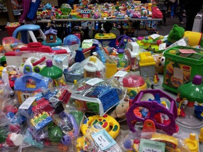 Vận chuyển các loại đồ chơi, máy phục vụ giải trí giá rẻ toàn quốc