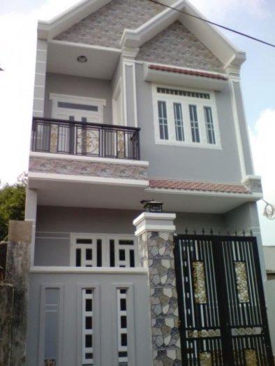 Định cư nước ngoài bán nhà chính chủ 1 trệt 1 lầu gần chợ Bình Chánh 3km, gần ủy ban xã ở Phước Lý