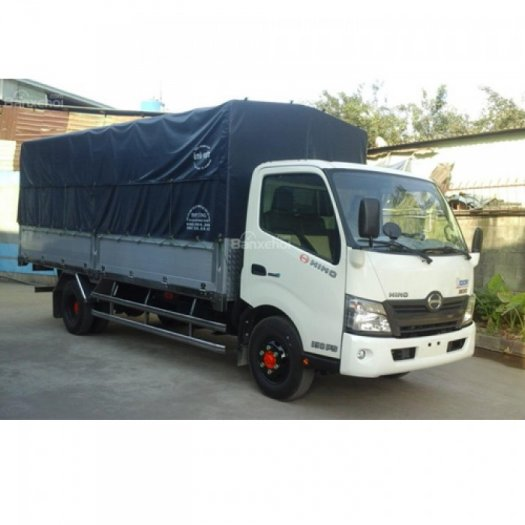 Xe Hino mui bạt tải 4.7 tấn thùng dài 5.6m Model XZU 730L giá rẻ 0