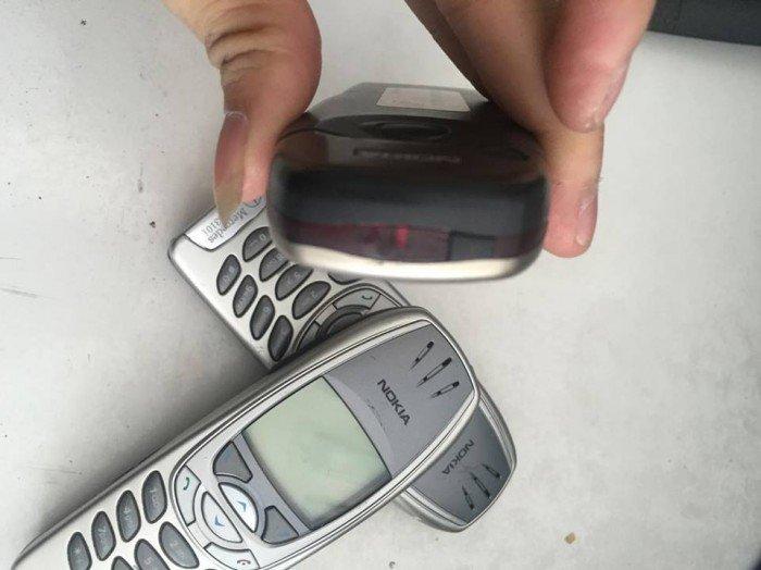 Điện thoại Nokia 6310i Mercedes - Benz  nguyên zin3