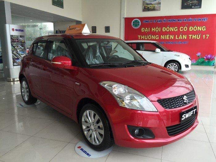 Bán xe Suzuki Swift  mầu đỏ