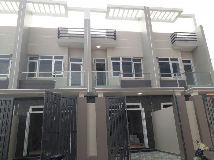 Bán nhà TL37 cách UB phường Thạnh Lộc 400m, DT 4.3x17m, đường ô tô 8m
