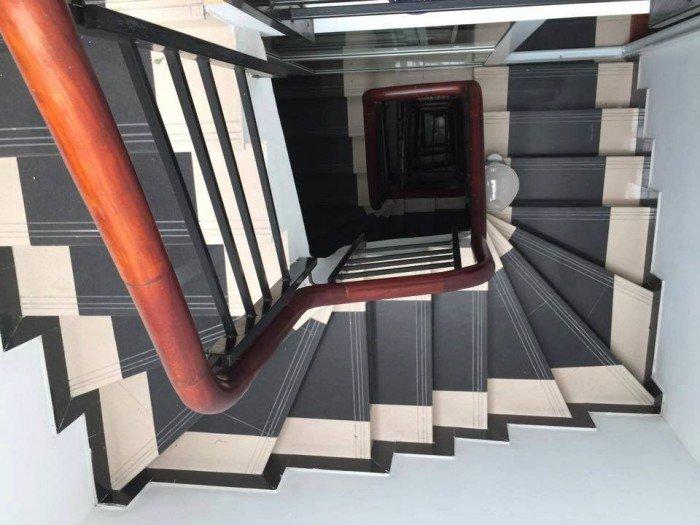 Bán nhà gấp MP Bà Triệu q. Hai Bà Trưng 107m2 giá: 43.5tỷ 6 tầng