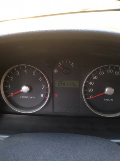 Gia đình cần bán xe hyundai Getz đời 2009, màu bạc, chính chủ, bản đủ. 2