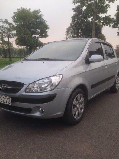 Gia đình cần bán xe hyundai Getz đời 2009, màu bạc, chính chủ, bản đủ. 0