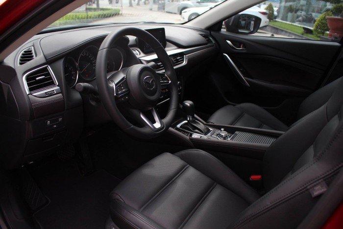 Mazda 6 Facelift 2018 ưu đãi tốt tại TP.HCM 8