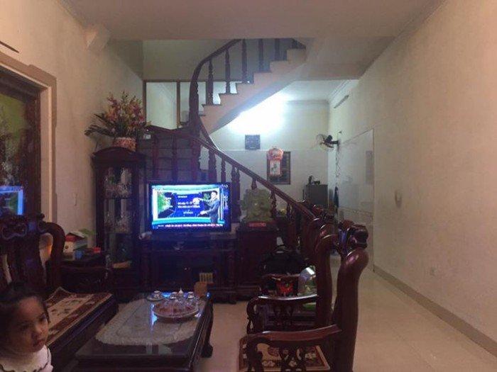 Cho thuê nhà  MT đường Điện Biên Phủ, DTSD: 200m2