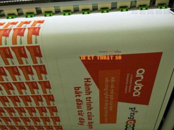 InKyThuatSo trực tiếp in tem nhãn giá rẻ tại xưởng, in bằng máy in chuyên nghiệp, nhập khẩu từ Nhật Bản cho bản in sắc nét, màu mực đẹp