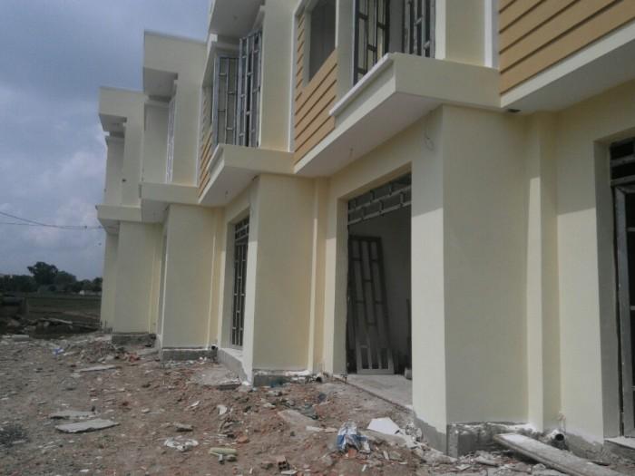 Bán gấp dãy nhà mới xây 3 căn liền kề