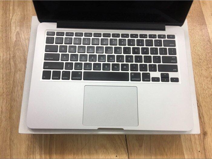 Macbook pro retina 13inch MGX72 fullbox2