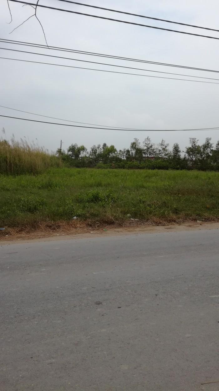 Bán nhà đường Nguyễn Văn Tạo 3 tầng 4 PN hẻm xe hơi