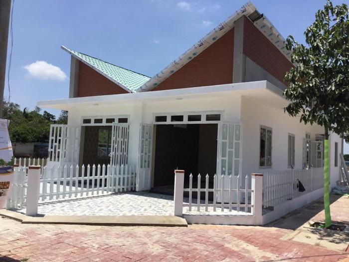 Nhà ở Bà Rịa Vũng Tàu Mt đường SHR gần chợ Hòa Long