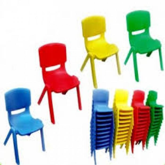 Bàn ghế giá rẻ mỗi ngày1