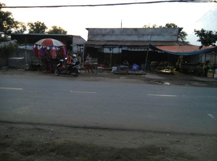 Cần bán đất MT đường Tỉnh Lộ 10 xã Lê Minh Xuân - Diện tích : 8.5x55m - 467.5m2
