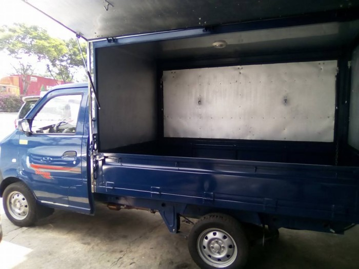 Bán xe tải nhỏ 850kg/ Dongben 750kg thùng kín trả góp giá bán 30 triệu