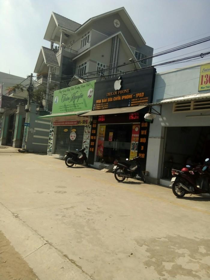 Bán nhà mặt tiền đường Lê Văn Việt, quận 9